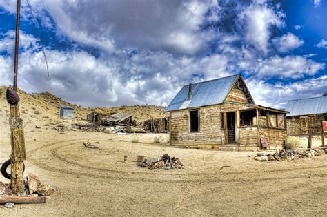 The Creepy Ghost Town Of Poinsettia Nevada - Reno Syn