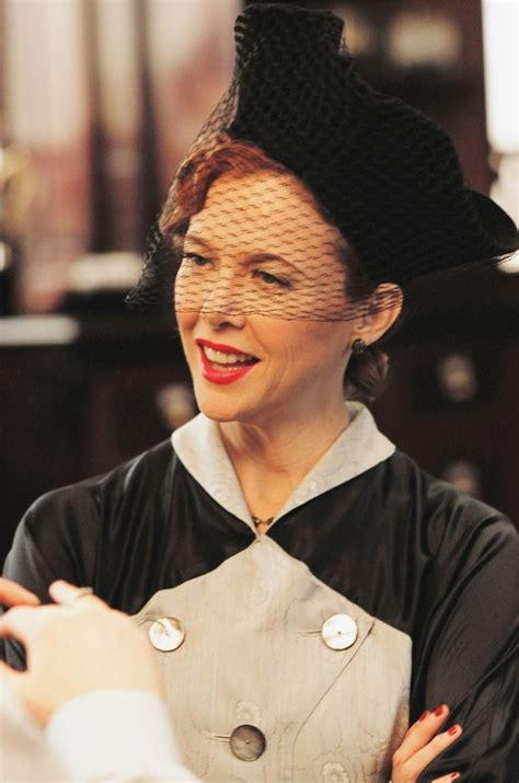 Annette o'toole news, gossip, photos of annette o'toole, biography, annette o'toole boyfriend list 2016. Picture of Annette Bening