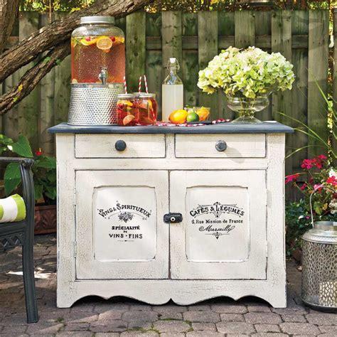 cuisine végé en é donner un look rustique à vos meubles en
