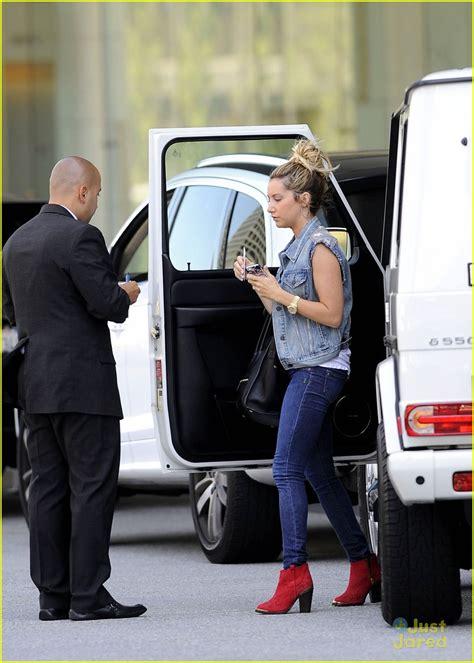 Ashley Tisdale: Shopping with Mom & Mikayla! | Photo ...