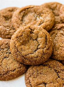 Soft and Chewy Molasses Cookies - Pretty. Simple. Sweet.