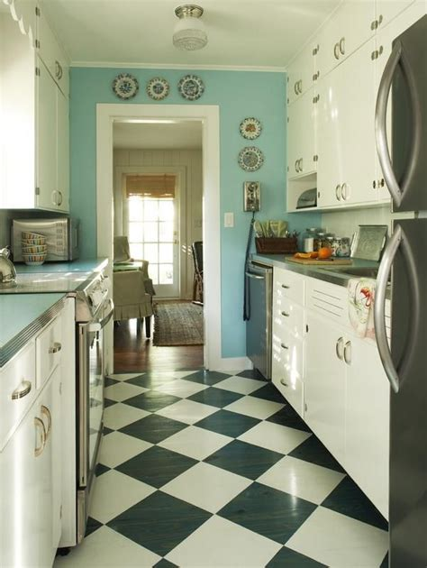 vintage galley kitchen how to make your galley kitchen look and feel bigger 3196