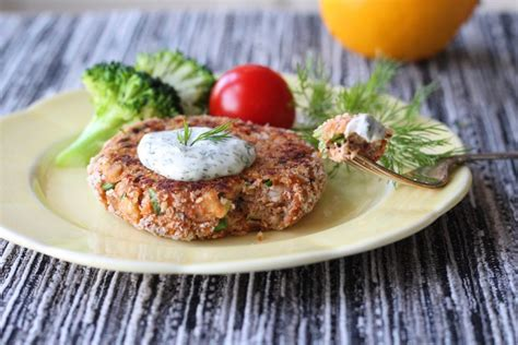 Our creamy roasted garlic keto aioli recipe is a delicious homemade accompaniment to just about any meal. Salmon Cakes With Dill Aioli