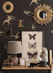 Comment creer un cabinet de curiosites a la maison for Kitchen cabinets lowes with papier peint 4 mur