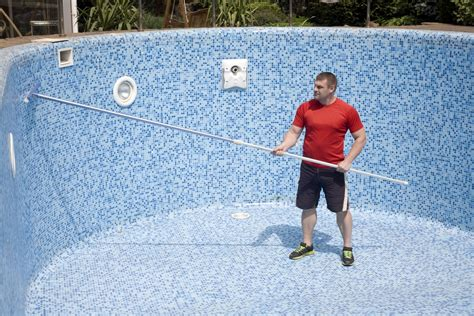 How To Identify And Remove Swimming Pool Stains