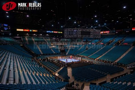 mgm garden arena mayweather vs pacquiao fails to live up to hype on j