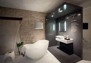 Salle De Bain Moderne 2017 : banheiros 2018 suacasamoderna ~ Melissatoandfro.com Idées de Décoration