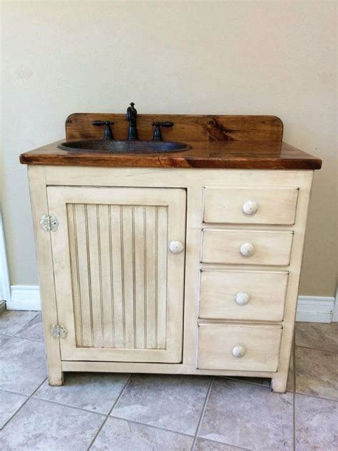 Country Vanity by 25 Best Ideas About Country Bathroom Vanities On