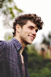 Coiffure Homme Cheveux Bouclés : 63 astuces pour les hommes avec des cheveux fris s men ~ Melissatoandfro.com Idées de Décoration