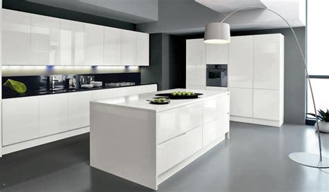 cuisine design avec ilot central decoration cuisine ilot