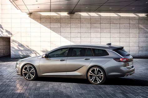 opel insignia wagon opel insignia sports tourer makes us want a buick regal