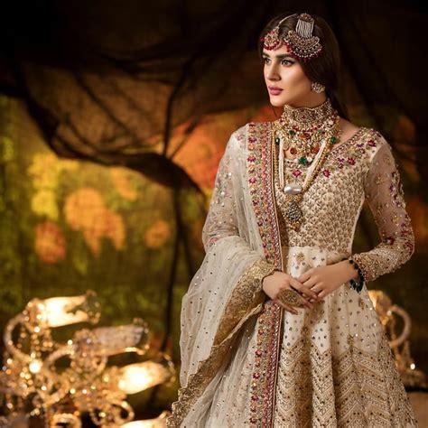 Latest Beautiful Bridal Photo Shoot of Gorgeous Kubra Khan