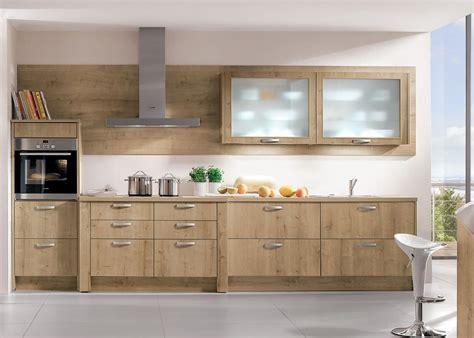 cuisines you clair ambré ou sombre le bois fait entrée dans la