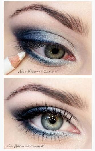 smokey eye blue