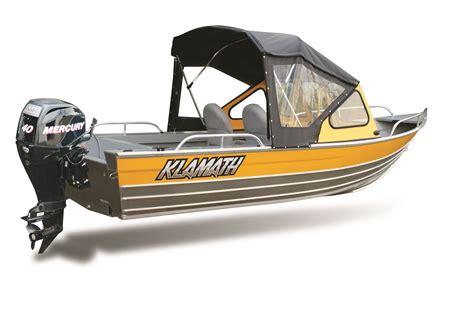 Klamath Boat Paint by Windshield Klamathboats