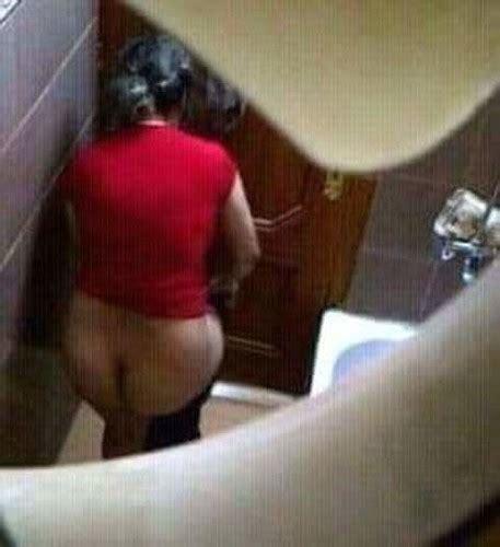 صور تجسس على محارم في حمام البيت