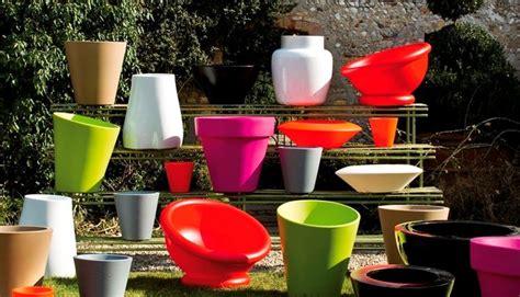 vasi colorati da esterno vasi vendita vasi da giardino tipologie di vasi per la