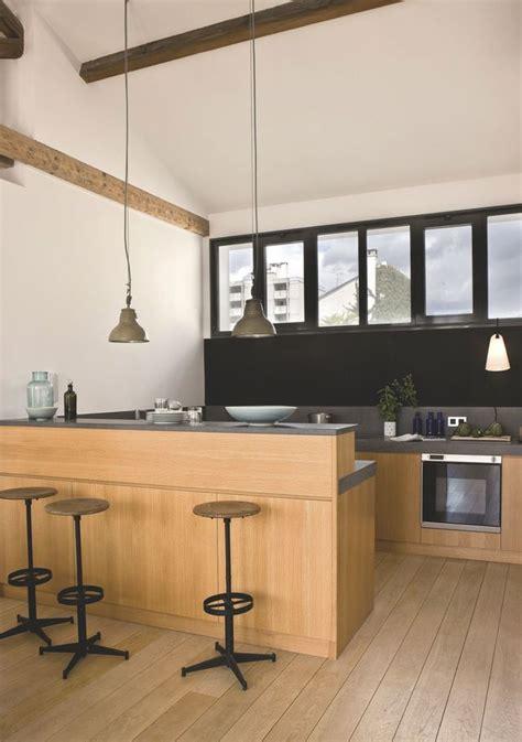 bar dans cuisine ouverte top 7 des plus belles maisons de invest