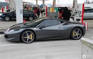 Ferrari 458 Noir : ferrari 458 italia 31 mars 2013 autogespot ~ Medecine-chirurgie-esthetiques.com Avis de Voitures