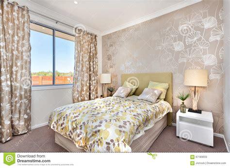 rideau chambre à coucher adulte placard chambre avec rideau