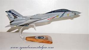 vf 143 pukin dogs f 14d tomcat model