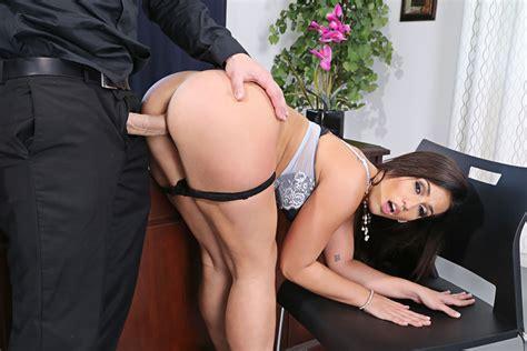 Kelsi Monroe And Jmac In Naughty Office Naughty America 4k Porn Videos