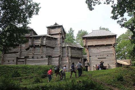 Baltu ceļš. Kareivīgākās un turīgākās tautas pēdās Jelgavā, Tērvetē un Mežotnē   Laukos.lv