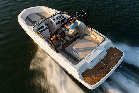 Bayliner Vr4 Boat Test by New 2018 Bayliner Vr4 Bowrider I O Power Boats Inboard In