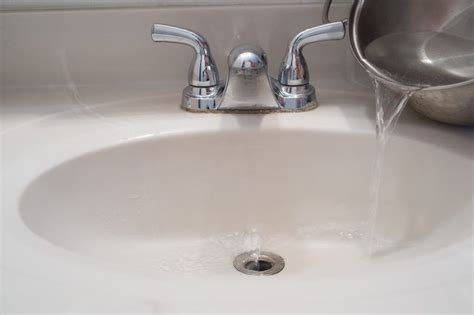 kitchen sink smells like mildew 1000 ideas about shower drain cleaner on