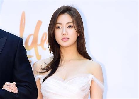 curious   kang sora  plastic surgery