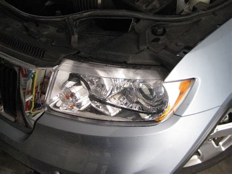 jeep grand headlight bulbs replacement guide 001