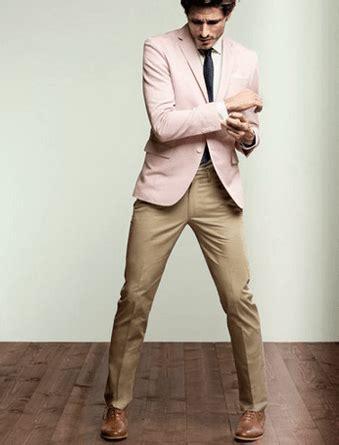 Khaki Pants Outfits-20 Ideas What to Wear with Menu0026#39;s Khaki Pants