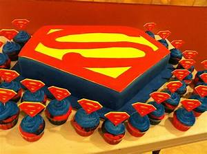 You have to see superman cake by luzjan 07558858!