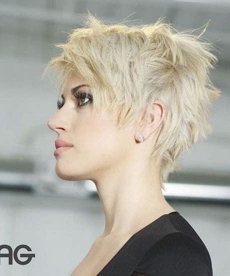 Cropped Pixie Hairstyle by Pixie Crop Hairstyles