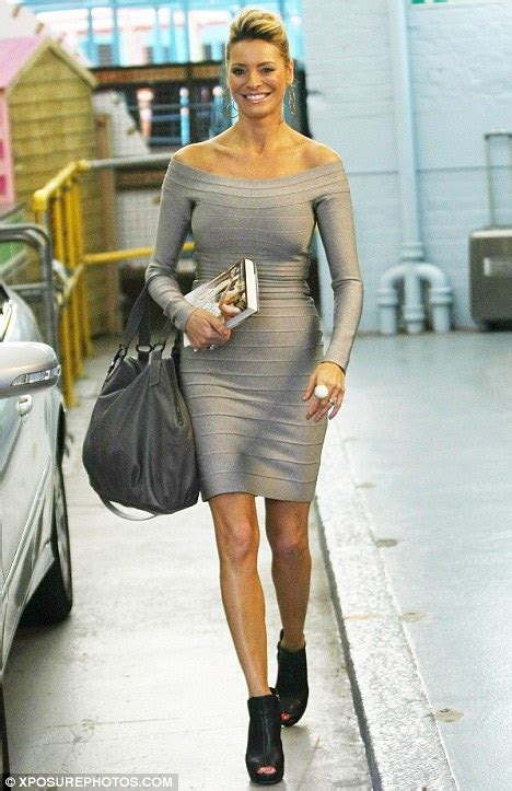 Tess Daly is stunning in an off the shoulder bandage dress ...
