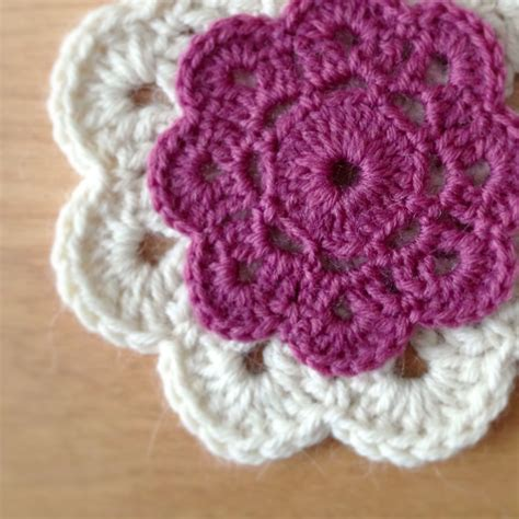 how to crochet crochet flowers www imgkid com the image kid has it
