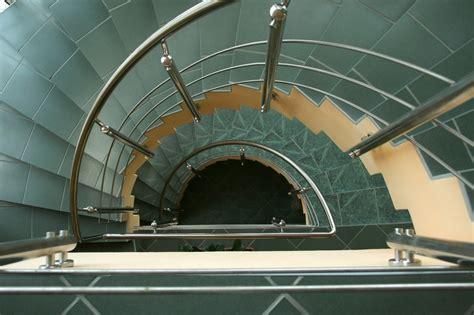 treppe kosten berechnen gewendelte treppe fliesen 187 das sollten sie bedenken