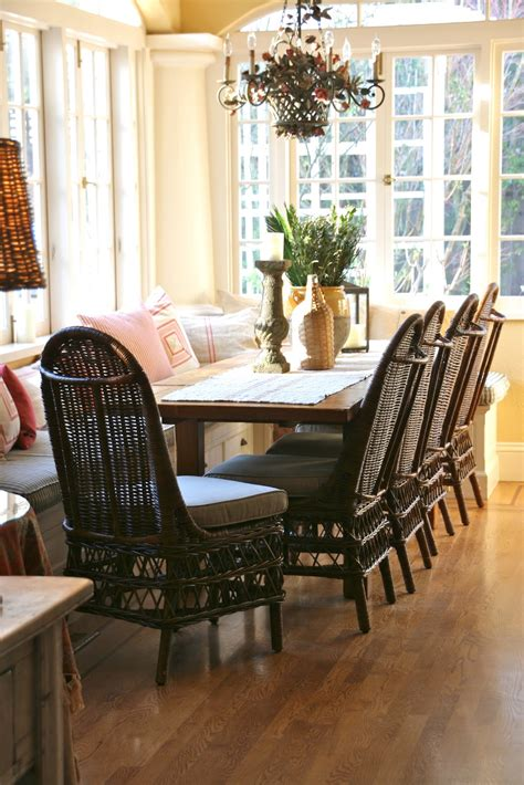 wicker dining chairs  beautifully comfortable space