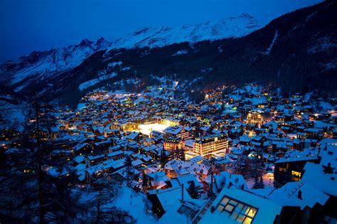 Free Christmas Lights Wallpaper Winter Night In Grindelwald Switzerland Youtube