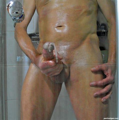 Erigierter penis nackt