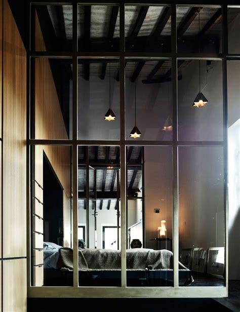 chaise bureau maison du monde la cloison en verre est un moyen élégant d 39 organiser l