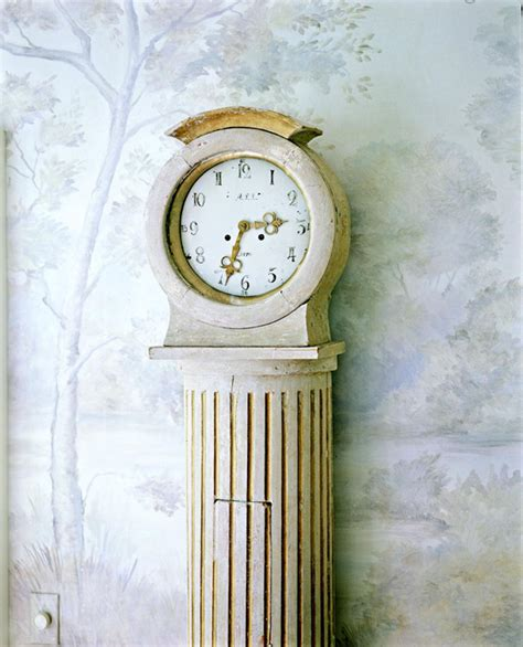 How To Decorating Clocks by How To Decorating With Clocks Traditional Home