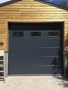 porte de garage lisse ral 7016 avec hublot portech With porte de garage sectionnelle avec hublot