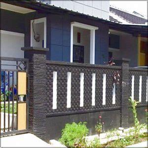 pagar batu alam rumah minimalis type   kuat  aman