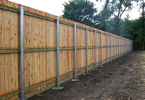 Why Choose Metal Posts For Wood Fences