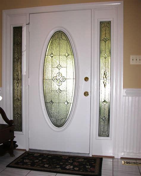 sidelights oval glass  door traditional front doors