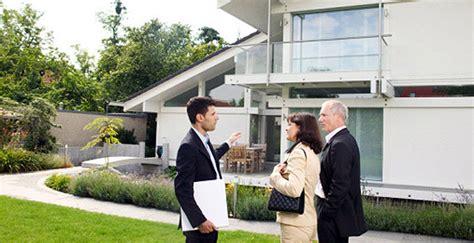 combien gagne un cadre commercial combien gagne une immobilier revenu salaire net moyen