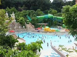 Singapore Attraction Ticket: Adventure Cove Waterpark