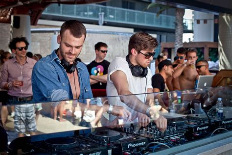 chainsmokers images