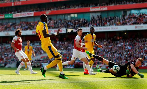 Arsenal vs Palace player ratings: Christian Benteke and ...